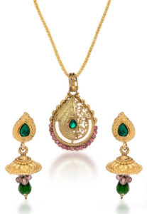 stone-studded-pendant-set