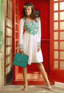 embroidered-white-tunic