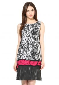 Printed Cotton Tunic in White and Black