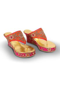 embroidered-wedges